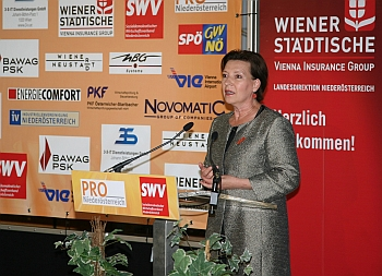 Bild Bundesministerin Gabriele Heinisch-Hosek