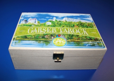 """Bild Holzkassette """"Garser Tarock"""" mit Braillebeschriftung"""